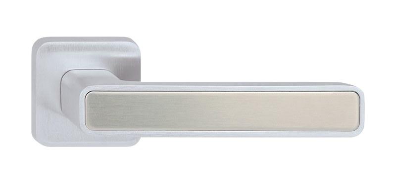 Dveřní rozetové kování INNER FREE P660 WC/CH-SAT