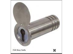 Trezor do zdi 729 Key Safe trubka Trezory, sejfy, pokladničky - Nábytkové Sejfy Yale a ostatní